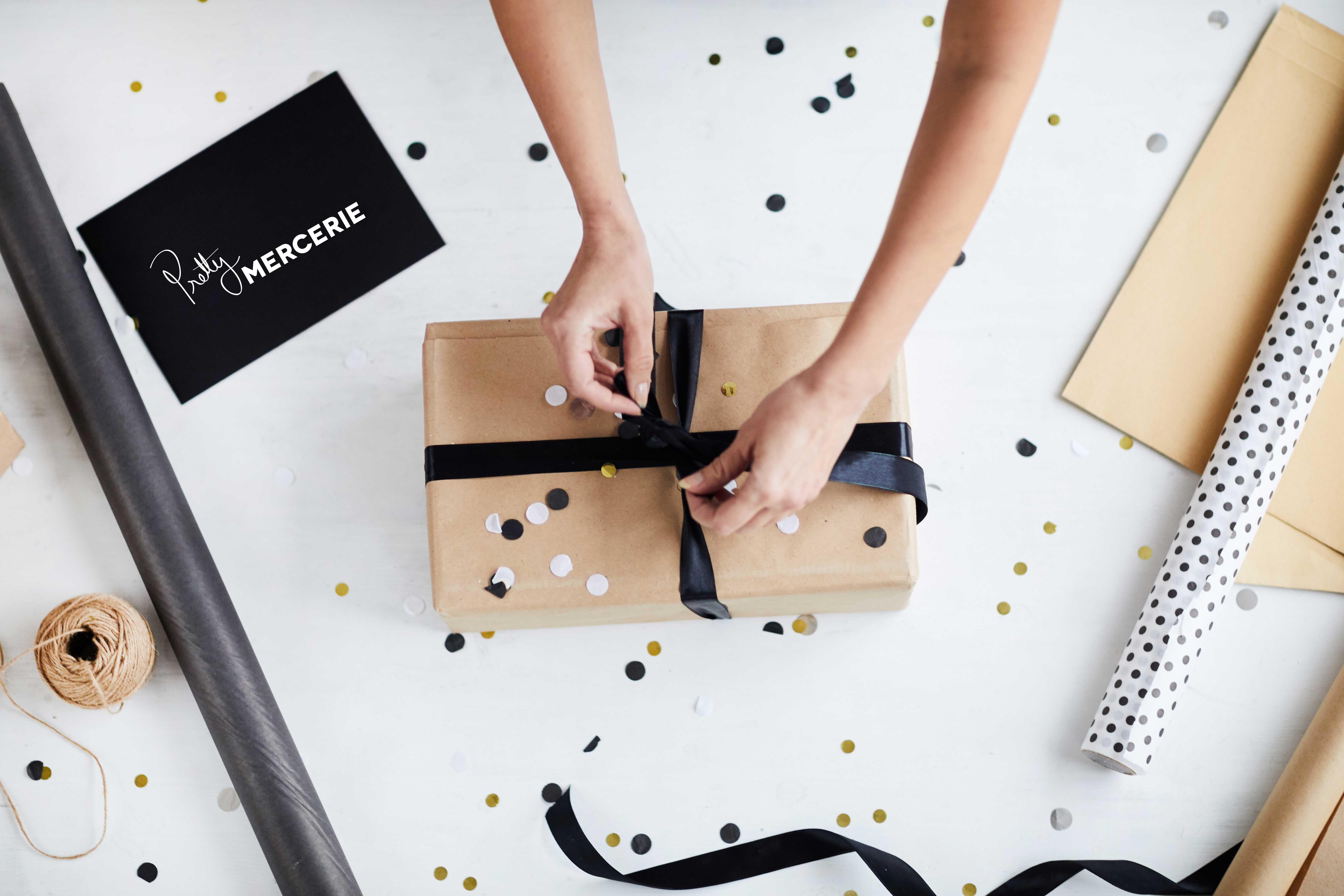 offrez-une-carte-cadeau-pretty-mercerie-à-vos-proches-accrocs-à-la-couture.jpg